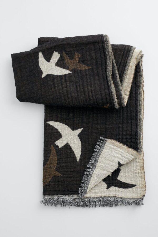 Seasalt Cornwall vlněný šál fireside flying birds