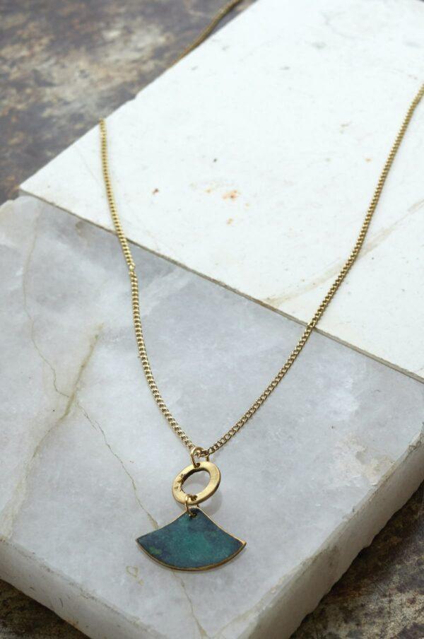 Nomads náhrdelník fan